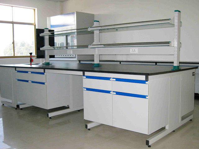 全钢实验台 – 尺寸:1500*750*800,台面:12.7mm实验室专用理化板,防酸碱耐腐蚀、耐高温、无毒易清洁